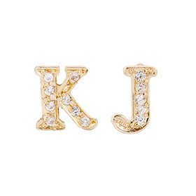 14k / 18k English Korean Cubic Thumb Initial Earring (Half) Pairable