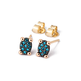 14K / 18K mini oval blue diamond earring